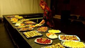 Loomade Nimel korraldatud vegan õhtusöök Tartus